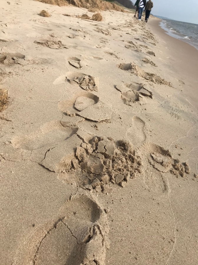 ..footprints..